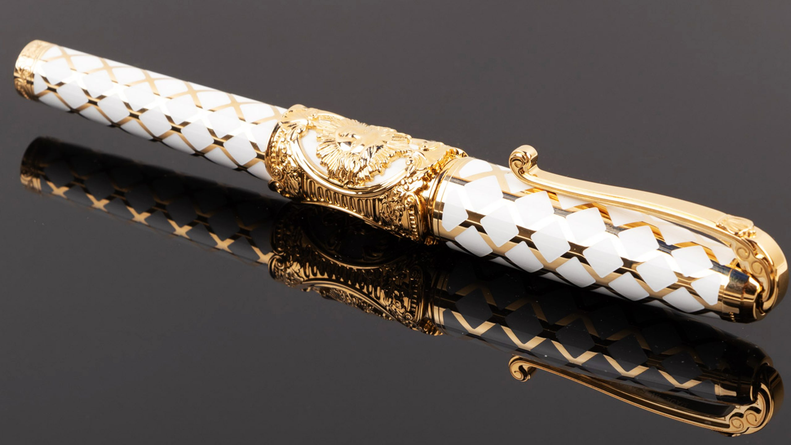 Sale 690: Fine Pens